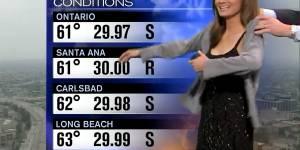 Une présentatrice météo priée de se couvrir en direct à la télévision