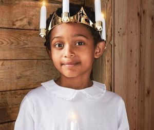 Suède : un petit garçon métis déguisé en sainte fait flamber le racisme