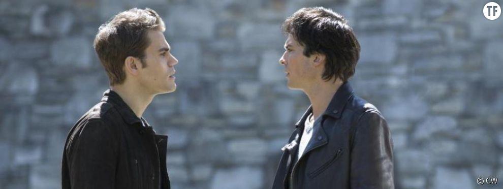 Stefan et Damon dans la saison 8 de Vampire Diaries