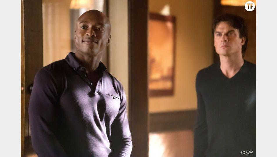 Damon et Cade dans l'épisode 11 de la saison 8 de The Vampire Diaries