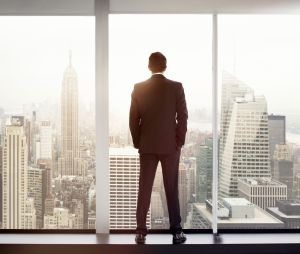 Pourquoi certaines femmes sont attirées par les hommes de pouvoir