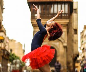 Ballerines du Caire : quand les Égyptiennes se réapproprient les rues en dansant