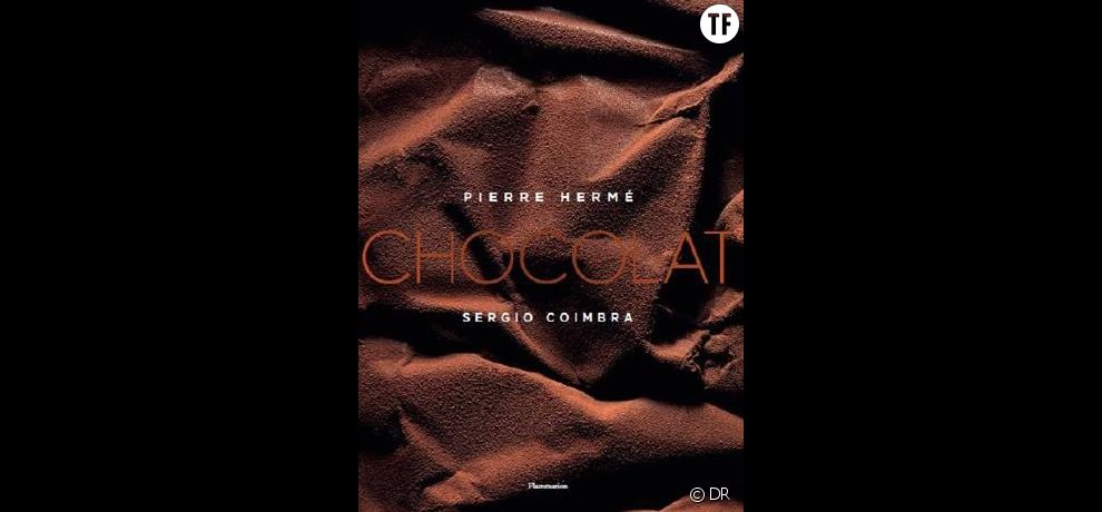 Livre  Chocolat  de Pierre Hermé et Sergio Coimbra, Éd. Flammarion,  49 euros sur Amazon