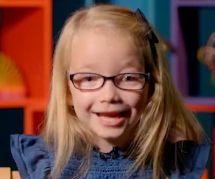 Eva, la mini-féministe de 5 ans qui a mis le monde à ses pieds