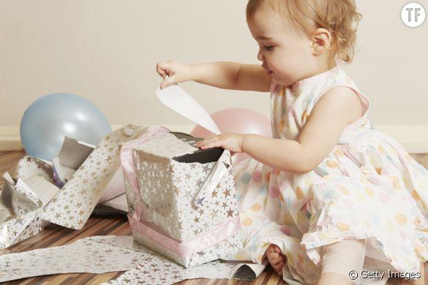 Le papier plaît d'ailleurs souvent plus que le cadeau