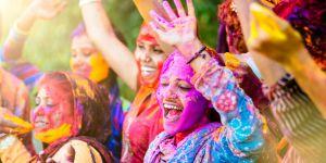 De jeunes Indiennes cloîtrées pour éviter les agressions sexuelles pendant la fête d'Holi