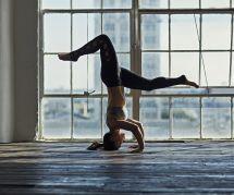 Pourquoi cette posture de yoga fait le buzz sur Instagram