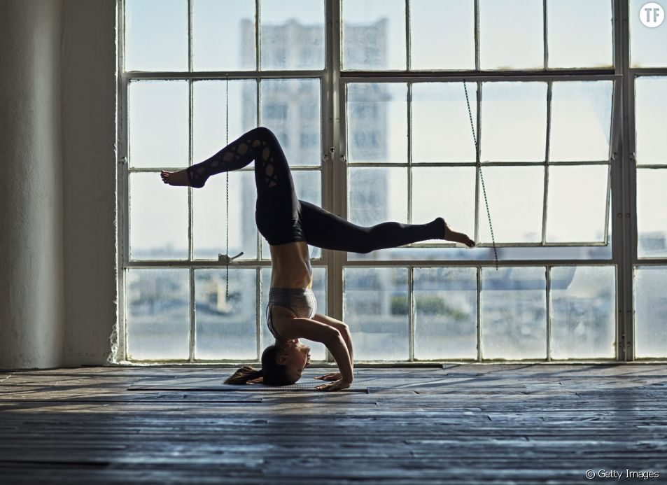 Yoga : la posture tête en bas est partout sur Instagram