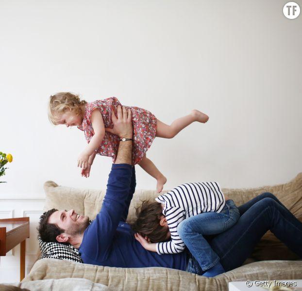 Vous voulez que vos enfants travaillent dur pour réussir ? Alors rentrez plus tôt du boulot