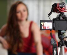 """""""Elles prennent la parole"""" : le chouette docu qui encourage la création féminine sur YouTube"""