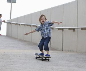 Devrait-on laisser son enfant prendre plus de risques ?