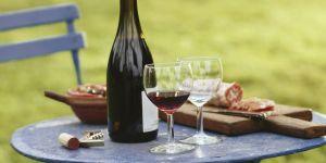 Le vin rouge frais est-il le nouveau rosé ?