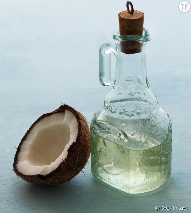 Masque pour cheveux à l'huile de coco