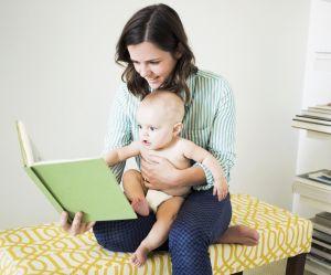 Pourquoi il faudrait faire la lecture aux nourrissons