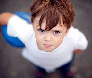 Mon enfant dit des gros mots : je fais quoi ?