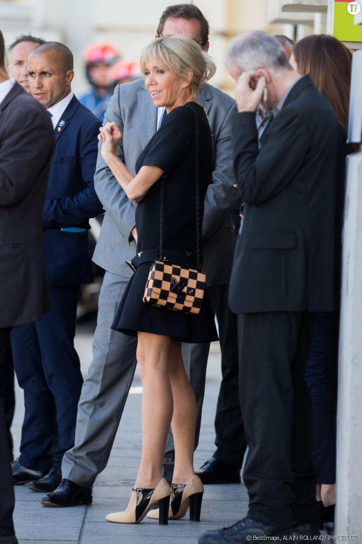 brigitte macron en jupe PHOTOS – Non Brigitte Macron n'a pas renoncé aux jupes ...