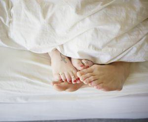 Pourquoi nous ne devrions pas changer (trop) souvent les draps de notre lit