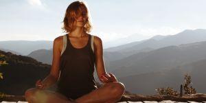 Le nauli, l'impressionnante technique de yoga qui buzze sur Instagram