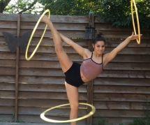 Cette reine du hula-hoop fait le buzz sur Instagram
