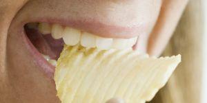 """Pepsi lance des """"chips pour femmes"""" et la raison est scandaleuse"""