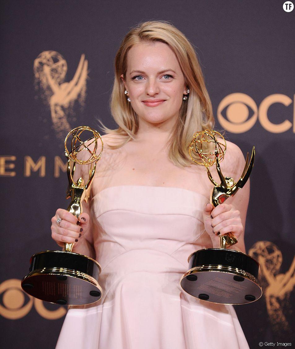 Elisabeth Moss aux Emmy Awards 2017