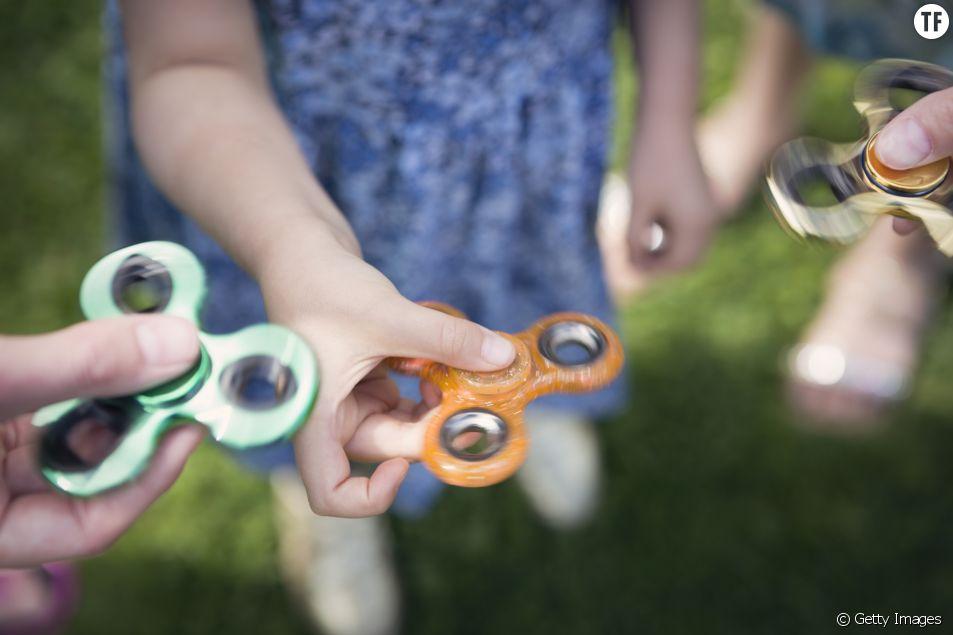 """""""Hand spinner"""" : l'Union européenne alerte sur les dangers de ce jouet star"""