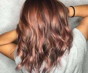 Le rose brown hair, la nouvelle colo qui fait craquer les brunes