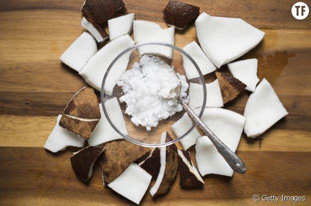 L'huile de noix de coco : néfaste pour le visage ?