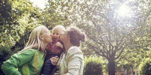 Mariage pour tous : 7 000 unions par an mais très peu d'adoptions