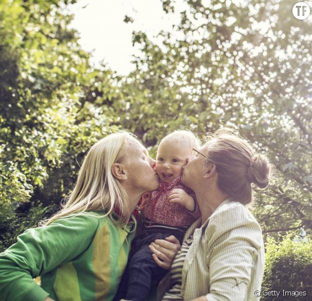 Loi Taubira : plus de 40 000 mariages célébrés mais très peu d'adoptions 5 ans après