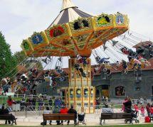 Un parc d'attraction refuse un enfant atteint de leucémie : sa maman s'insurge