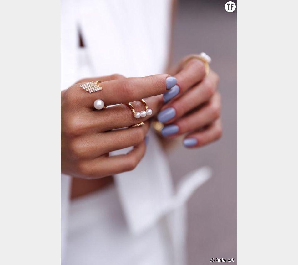 Les ongles lavande sont la tendance de l'été 2018