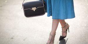 Quelles chaussures porter avec une robe ou une jupe : le guide pratique