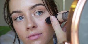 Cette youtubeuse photoshoppait son acné : elle s'assume pour la première fois