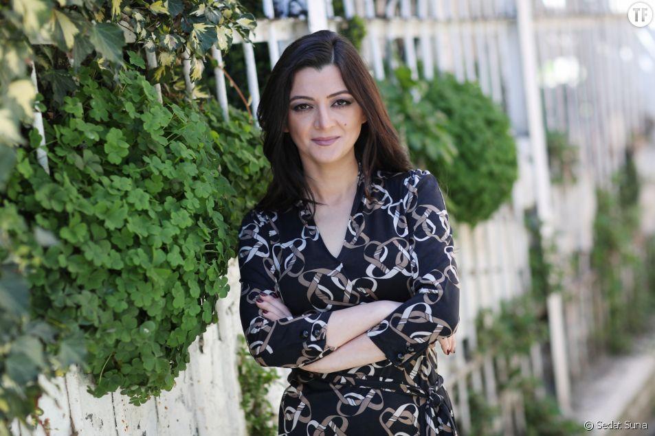 """""""Ne Tournez pas la page"""", de Seray Şahiner : un roman turc percutant qui dénonce les violences conjugales"""