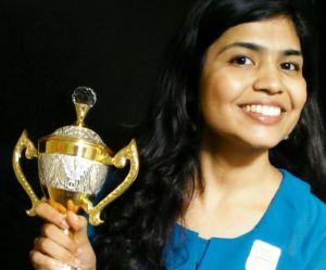 Refusant de se voiler, cette championne d'échecs boycotte une compétition en Iran