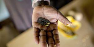 """Ce pasteur kenyan anti-excision défend la """"divinité du clitoris"""""""