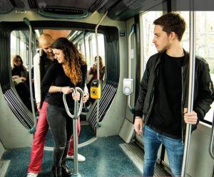 """""""Témoins, agissez!"""" : Bordeaux lance sa campagne contre le harcèlement de rue"""
