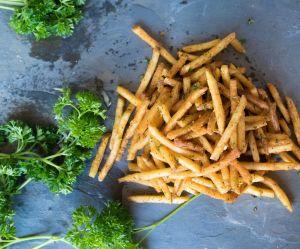 La meilleure façon de réchauffer des frites sans les ramollir