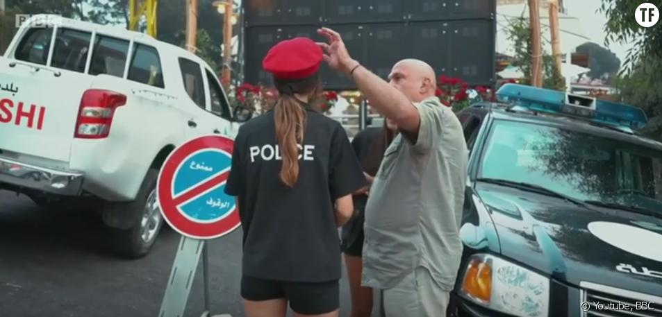 Des policières en short au Liban
