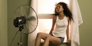 Pourquoi vous ne devriez pas dormir avec un ventilo dans la chambre