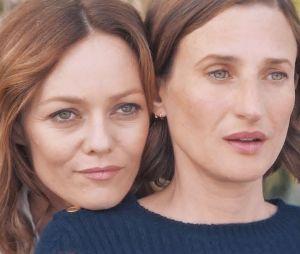 Vanessa Paradis et Camille Cottin dans Photo de famille