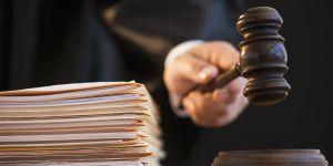 """Un juge demande à une victime de viol si elle a """"fermé les jambes"""""""