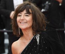 Romane Bohringer dévoile ses pieds meurtris par les talons à Cannes