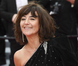 Romane Bohringer dévoile ses pieds meurtris après les talons à Cannes