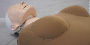 Enfin un mannequin féminin pour sauver les victimes de crises cardiaques