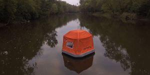 Et si cette tente qui flotte sur l'eau était la solution à tous nos problèmes ?