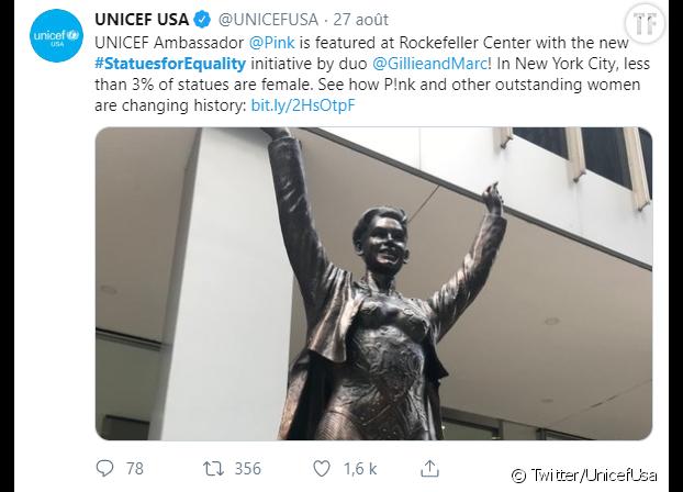 La statue de Pink, sur la 6e avenue.