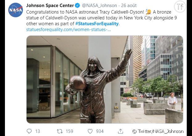 La statue de Tracy Caldwell-Dyson, sur la 6e avenue.
