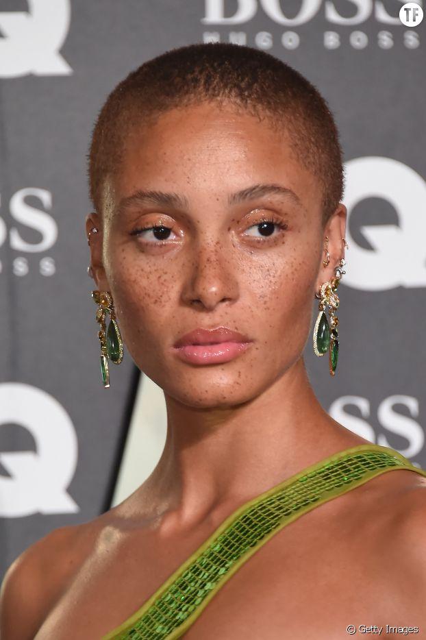"Adwoa Aboah, nouvelle icône de la ""skin positivity"""